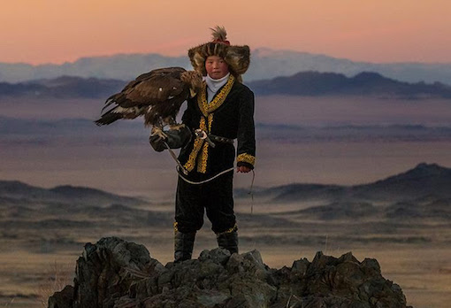 The Eagle Huntress, directed by Otto Bell