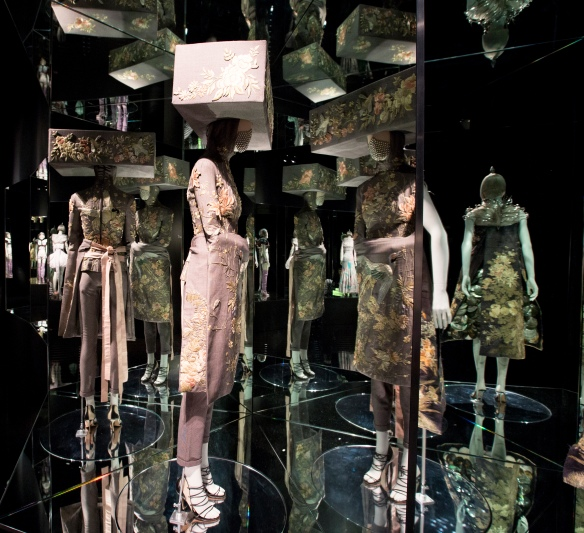7._Installation_view_of_Romantic_Exoticism_gallery_Alexander_McQueen_Savage_Beauty_at_the_VA_c_Victoria_and_Albert_Museum_London (2)