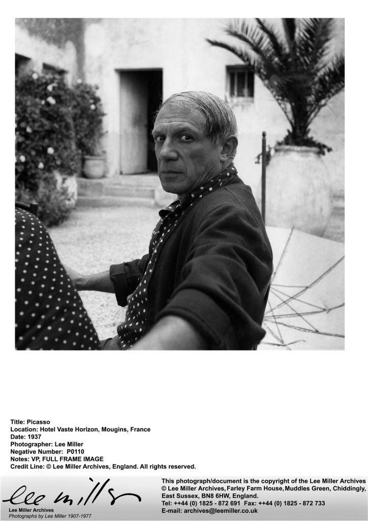 Picasso, Hotel Vaste Horizon, Mougins, France, 1937, P0110 (1)