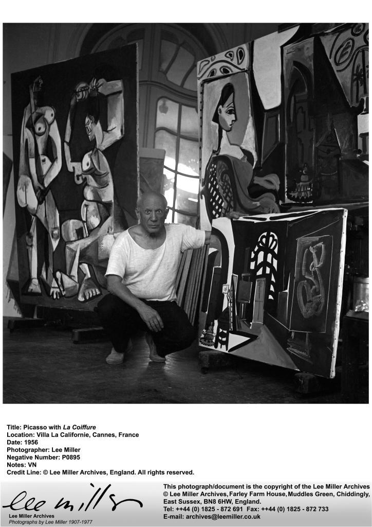 P0895, Picasso with La Coiffure, Villa La Californie, France, 1956