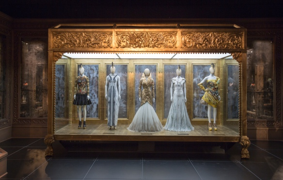 3._Installation_view_of_Romantic_Gothic_gallery_Alexander_McQueen_Savage_Beauty_at_the_VA_c_Victoria_and_Albert_Museum_London (2)